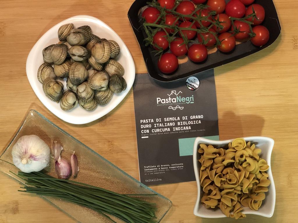 Ingredientes receta PastaNegri con berberechos