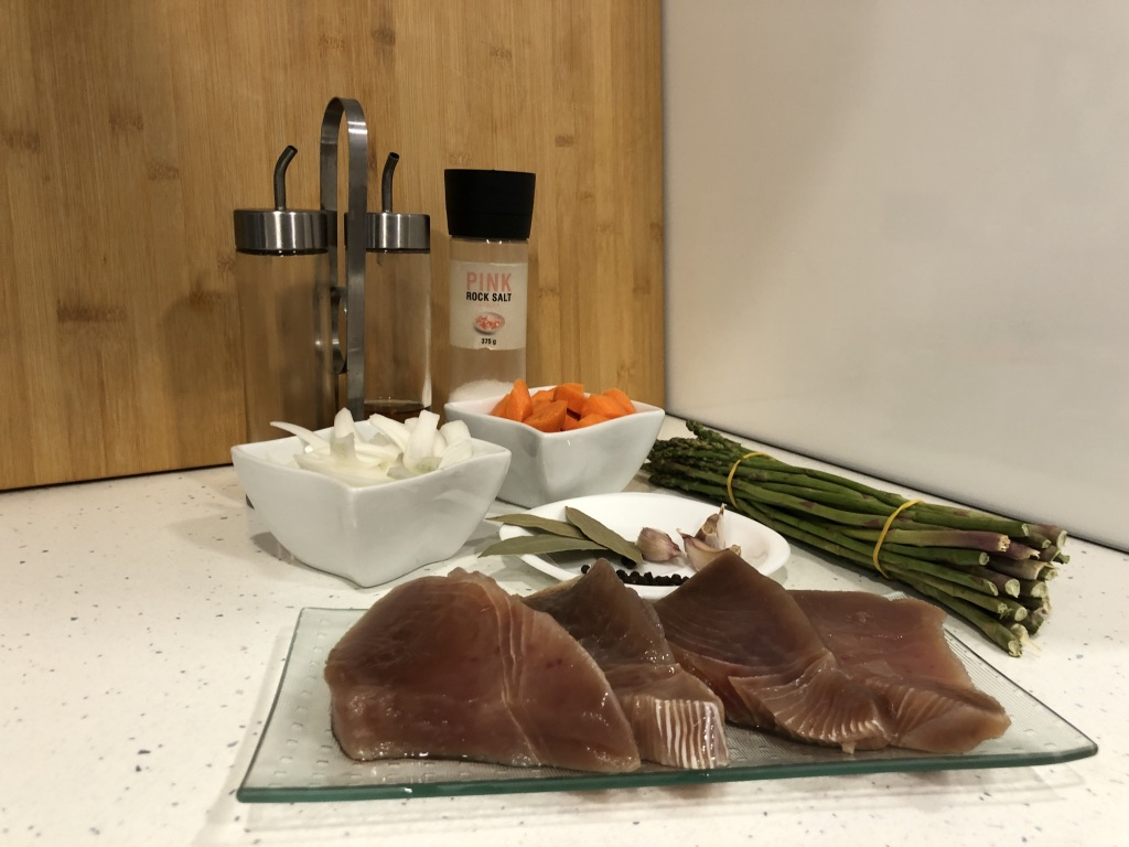 Ingredientes, para el atún en escabeche con verduras